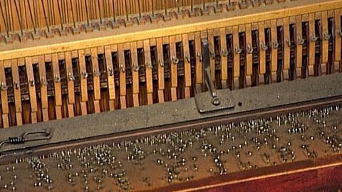 Antiques Roadshow -- S18 Ep29: Appraisal: Barrel Piano, ca. 1900