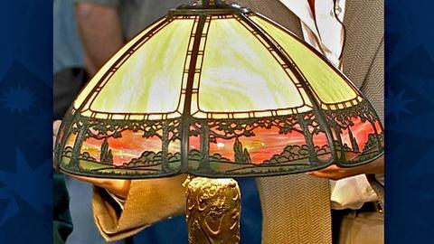 Antiques Roadshow -- S18 Ep30: Appraisal: American Slag Glass Lamps