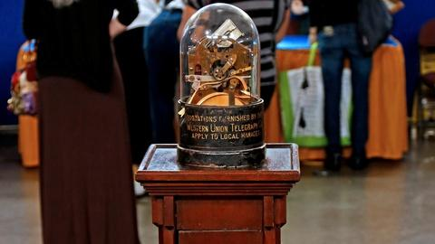 Antiques Roadshow -- S18 Ep22: Appraisal: Edison Stock Ticker with Stand, ca. 191