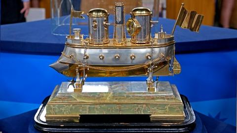 Antiques Roadshow -- S18 Ep22: Appraisal: French Industrial Battleship Clock, ca.