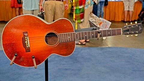 Antiques Roadshow -- Appraisal: 1928 Gibson L-1 Acoustic Guitar
