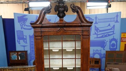 Antiques Roadshow -- S18 Ep33: Appraisal: Georgian-Style Secretary Bookcase