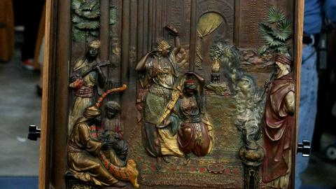 Antiques Roadshow -- S18 Ep35: Appraisal: Vienna Bronze Plaque, ca. 1910