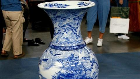 Antiques Roadshow -- S18 Ep35: Appraisal: 19th-Century Monumental Japanese Vase