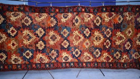 Antiques Roadshow -- S19 Ep2: Appraisal: Seychour Gallery Carpet, ca. 1910