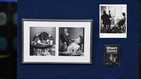 Antiques Roadshow -- S19 Ep3: Appraisal: Weegee Photographs & Signed Book