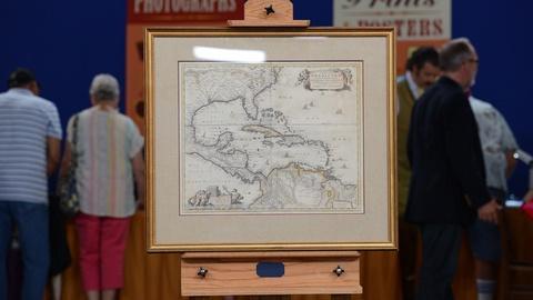 Antiques Roadshow -- S19 Ep4: Appraisal: Nicholas Visscher Map of Americas, ca. 1