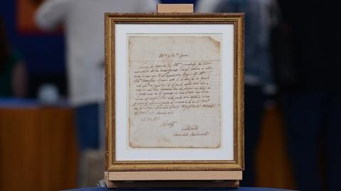 Antiques Roadshow -- S19 Ep5: Appraisal: 1607 Galileo Galilei Letter