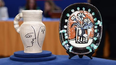 Antiques Roadshow -- S19 Ep6: Appraisal: Pablo Picasso Madoura Pitcher & Plate