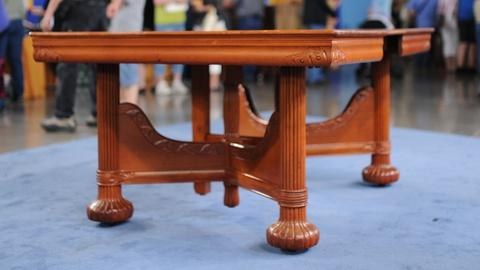 Antiques Roadshow -- S19 Ep7: Appraisal: Factory-Made Dining Table, ca. 1895