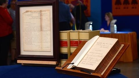 "Antiques Roadshow -- S19 Ep8: Appraisal: ""History of Woman Suffrage"" Group"
