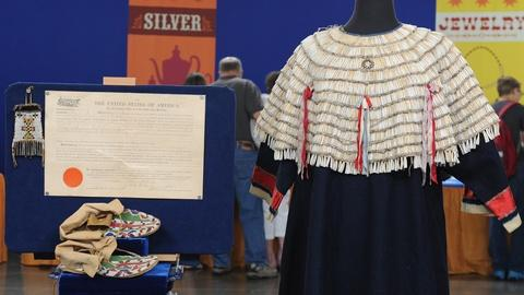 Antiques Roadshow -- S19 Ep8: Appraisal: Brule Sioux Collection, ca. 1910