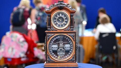 Antiques Roadshow -- S19 Ep11: Appraisal: Ithaca Calendar Shelf Clock, ca. 1880