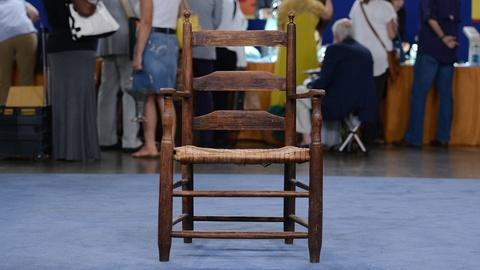 Antiques Roadshow -- S19 Ep12: Appraisal: Southern Ladderback Chair. ca. 1795