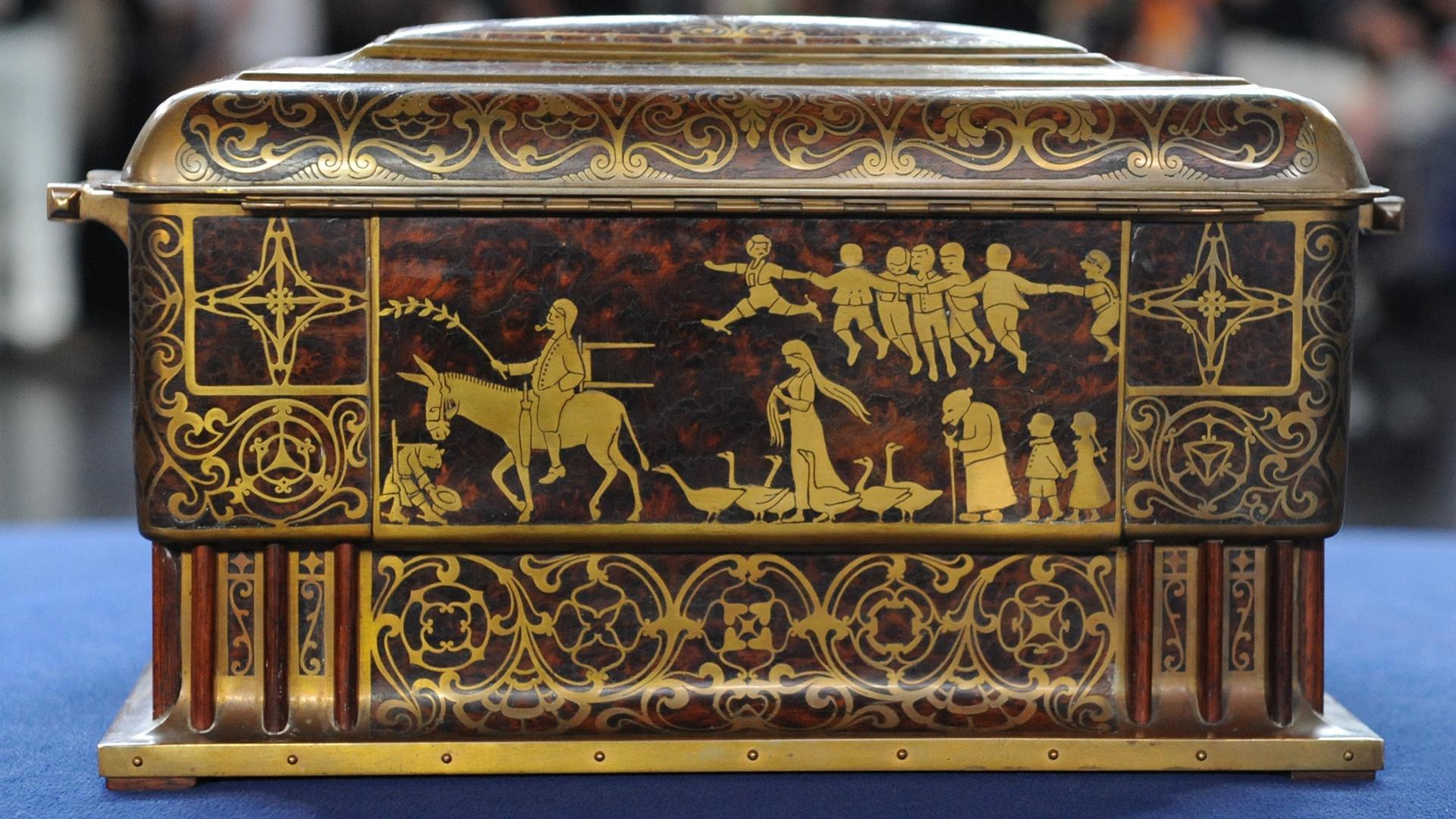 Appraisal art nouveau jewelry box ca 1900 antiques - Vintage antiques roadshow ...