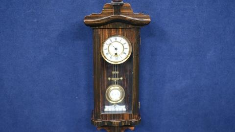 Antiques Roadshow -- S19 Ep16: Appraisal: Miniature Vienna Regulator Clock, ca. 1
