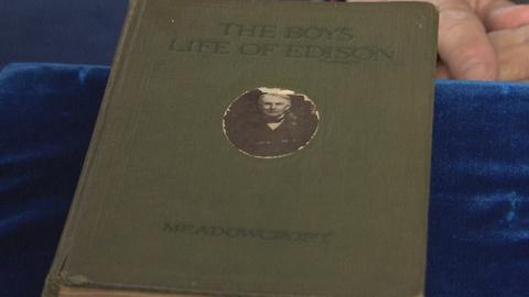 Antiques Roadshow -- S19 Ep18: Appraisal: 1924 Thomas Edison Signed Book