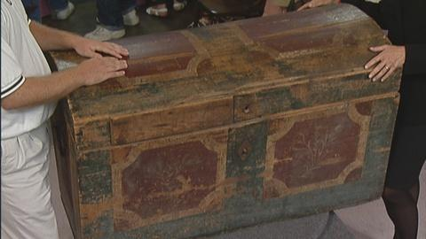 Antiques Roadshow -- S19 Ep25: Appraisal: 18th-Century German Painted Trunk