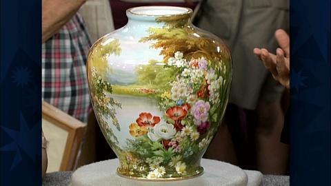 Antiques Roadshow -- S19 Ep29: Appraisal: Noritake Vase, ca. 1920