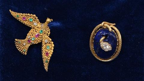 Antiques Roadshow -- S19 Ep21: Appraisal: Georgian-Style Animal Brooches, ca. 183
