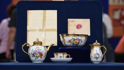 Antiques Roadshow -- S19 Ep23: Appraisal: 1854 KPM Porcelain Collection