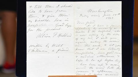 Antiques Roadshow -- S19 Ep23: Appraisal: Walt Whitman Civil War Letter