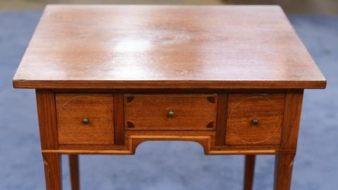 Antiques Roadshow -- S19 Ep24: Appraisal: Kentucky Dressing Table, ca. 1810