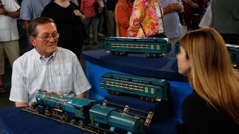 Antiques Roadshow -- Special: Treasures on the Move