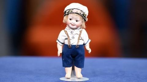 Antiques Roadshow -- Appraisal: Googly-Eyed Kley & Hahn Doll, ca. 1915