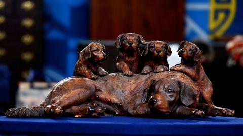 Antiques Roadshow -- S20 Ep8: Appraisal: Walter Mader Black Forest Carved Dogs, c
