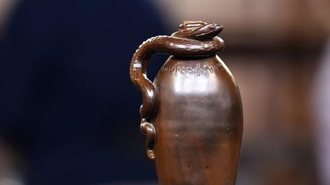 Antiques Roadshow -- S20 Ep10: Appraisal: 1884 Anna Pottery Temperance Snake Jug