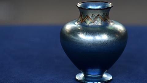 Antiques Roadshow -- S20 Ep10: Appraisal: 1913 Tiffany Tel-el-Amarna Vase