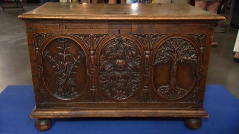 Antiques Roadshow -- S20 Ep10: Appraisal: George II Walnut Chest, ca. 1720