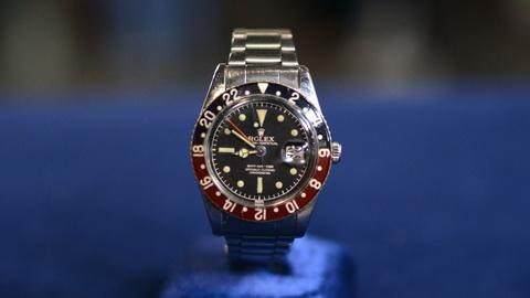 Antiques Roadshow -- S20 Ep11: Appraisal: 1960 GMT Master Model Rolex with Box &