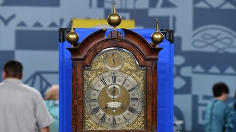 Antiques Roadshow -- S20 Ep12: Appraisal: English Wall Clock, ca. 1740
