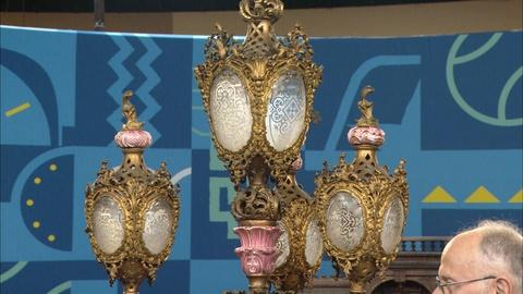 Antiques Roadshow -- S20 Ep14: Appraisal: 1863 Gilt Bronze-mounted Gaslight