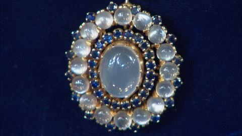 Antiques Roadshow -- S20 Ep14: Appraisal: Tiffany Convertible Necklace, ca. 1940