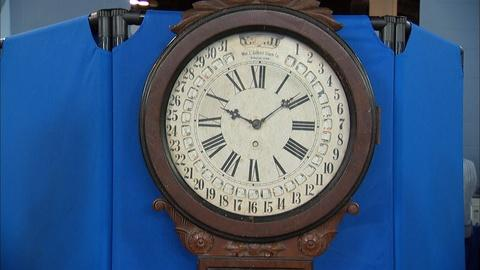Antiques Roadshow -- S20 Ep14: Appraisal: Office Drop Calendar Clock, ca. 1885