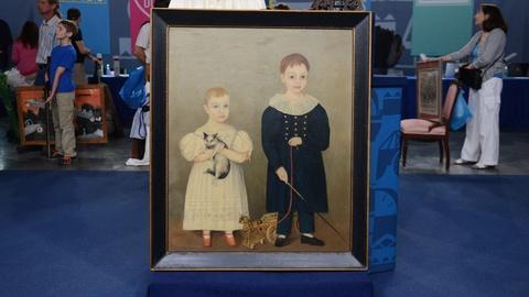 Antiques Roadshow -- S20 Ep16: Appraisal: Ohio Folk Art Double Portrait, ca. 1838