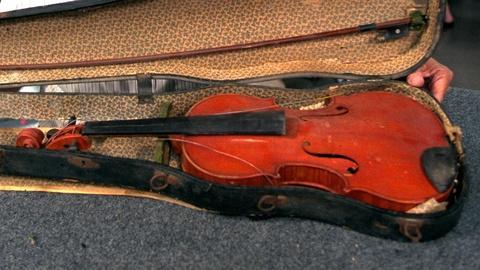 Antiques Roadshow -- Appraisal: 1935 Carl Becker Violin