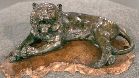 Antiques Roadshow -- S20 Ep19: Appraisal: Japanese Bronze Tiger, ca. 1904