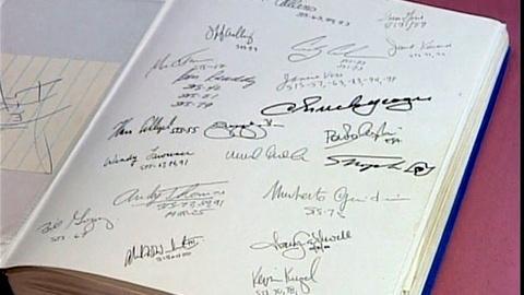 Antiques Roadshow -- Appraisal: Astronaut Autograph Book