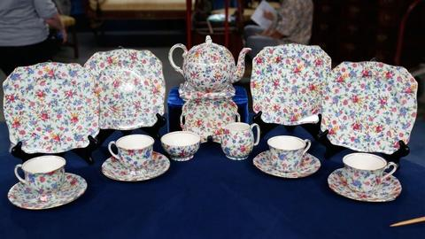 Antiques Roadshow -- S18 Ep32: Appraisal: Royal Winton Chintz Tea Set
