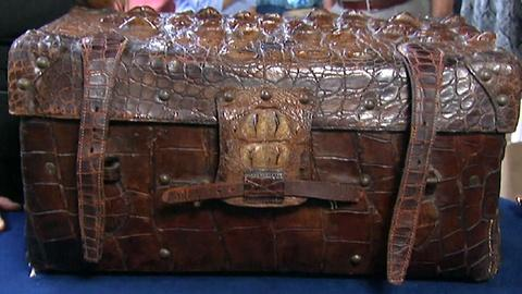 Antiques Roadshow -- S18 Ep22: Appraisal: Trunk