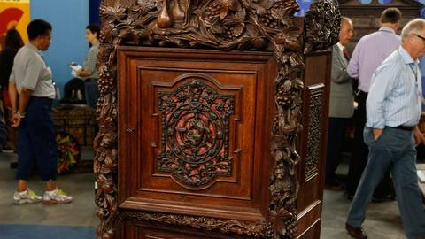 Antiques Roadshow -- S18 Ep17: Appraisal: Black Forest Cabinet