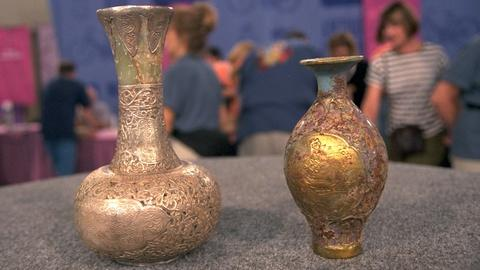 Antiques Roadshow -- S20 Ep24: Appraisal: Fake Chinese Vases