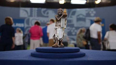 Antiques Roadshow -- S21 Ep1: Appraisal: Chinese Li Tieguai Yixing Figurine, ca.