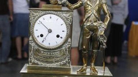 Antiques Roadshow -- S11 Ep14: Appraisal: French Mantel Clock, ca. 1815