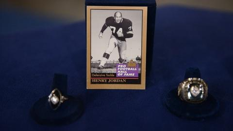 Antiques Roadshow -- S21 Ep29: Appraisal: Green Bay Packers Championship Group, c