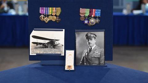 Antiques Roadshow -- S21 Ep2: Appraisal: Pan American Flight Medals, ca. 1926